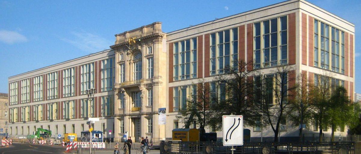 Permalink naar:Staatsratsgebäude